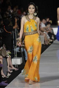 Jakarta Fashion Week 2011 | Jakarta Clothing 2011 Pictures