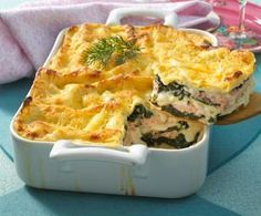 Salmon and spinach lasagne - frutti di mare - Essen Rezepte Lacto Vegetarian Diet, Spinach Lasagna, Lasagna Recipe With Ricotta, Easy Healthy Breakfast, Base Foods, Shrimp Recipes, Macaroni And Cheese, Food Porn, Food And Drink