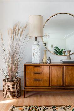 Living Room Modern, Living Room Decor, Bedroom Decor, Bungalow Style House, Bungalow Decor, Light Hardwood Floors, Natural Wood Furniture, Plywood Furniture, Modern Furniture