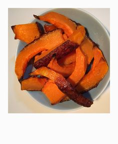 kryddergresskar frittes,,butternutsquash fries Carrots, Fries, Vegetables, Food, Essen, Carrot, Vegetable Recipes, Meals, Yemek