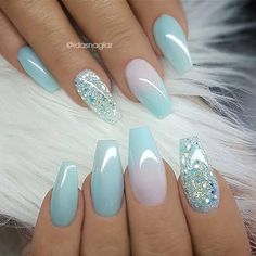 Winter Acrylic Green and Blue Glitter Coffin Nails From Nature - Nageldesign - Nail Art - Nagellack - Nail Polish - Nailart - Nails Hair And Nails, My Nails, Long Nails, Short Nails, Best Nails, Nails Today, Glitter Accent Nails, Blue Ombre Nails, Blue Gel Nails