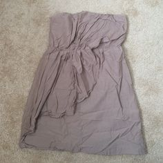 """Taupe, Strapless Gap dress Taupe, size 8 strapless dress. Total length about 25"""" long. NWOT GAP Dresses Mini"""