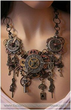 Steampunk Jewelry Clock by Angela Ven Artwork. Someone meantioned steampunk too me yesterday and I felt it fit with my pocket watches. i really like the use of cogs and keys Moda Steampunk, Design Steampunk, Collar Steampunk, Costume Steampunk, Steampunk Kunst, Style Steampunk, Steampunk Wedding, Victorian Steampunk, Steampunk Necklace