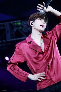 all for myungsoo — 161105 Mega K Music Festival in Hong Kong © L's. Kim Myungsoo, Woollim Entertainment, Korean Singer, Korean Actors, Korean Drama, Bad Boys, Boy Groups, Hong Kong, Actresses