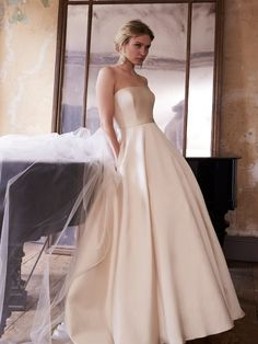 422098ea734d Sassi Holford - Olivia Prom Dresses, Formal Dresses, Wedding Dresses, Dress  Prom,