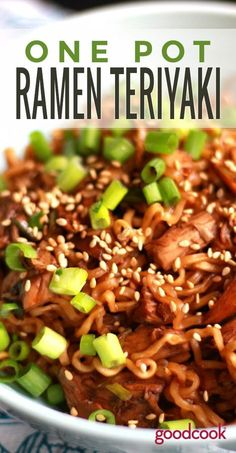 One Pot Teriyaki Ramen Chicken - Rezepte - Cuisine et Boissons Asian Recipes, Beef Recipes, Chicken Recipes, Cooking Recipes, Healthy Recipes, Salmon Recipes, Recipies, Cooking Gadgets, Easy Recipes For One