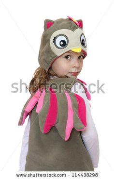 Resultados de la Búsqueda de imágenes de Google de http://image.shutterstock.com/display_pic_with_logo/595348/114438298/stock-photo-beautiful-baby-girl-in-fancy-dress-owl-114438298.jpg