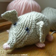 knitted mouse