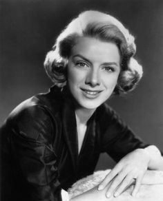 """June 29, 2002: Singer and actress Rosemary Clooney dies of lung cancer at the age of 74 in Beverly Hills, California. She came to prominence as a cabaret singer in the 1950s, with hits such as """"Come On-a My House,"""" """"Botch-a-Me,"""" """"Mambo Italiano,"""" """"Tenderly,"""" """"Half as Much,"""" """"Hey There"""" and """"This Ole House."""" She is also known for starring alongside Bing Crosby, Danny Kaye and Vera-Ellen in 1954's """"White Christmas"""" and for being George Clooney's aunt."""