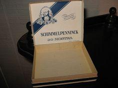 2 HOLLAND CIGAR CIGARILLO Box Tins  by FindsandFurnishings on Etsy, $8.00