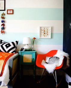Love this mint striped wall.