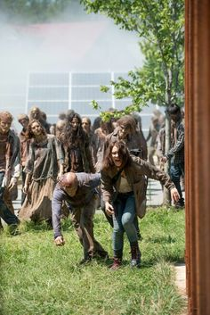 The Walking Dead Season 6 Episode 8 'Start to Finish' Maggie Greene