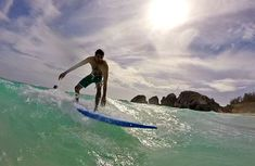 Surfing in Bermuda at Horseshoe Bay Beach with Cullen of Isolated Surfboards. We had great surfing lessons, and we attempted to surf the waves! Surfing Tips, Surf Decor, Fairmont Hotel, California Surf, Learn To Surf, Outdoor Store, Big Waves, Turquoise Water, Surfboards