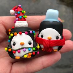 Just added these penguins to the shop (link in bio). The one with the red scarf is abit chilly with that ice cube on his head 😂 . Polymer Clay Kawaii, Fimo Clay, Polymer Clay Charms, Polymer Clay Projects, Polymer Clay Creations, Polymer Clay Art, Clay Crafts, Polymer Clay Ornaments, Fondant Figures