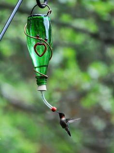 bebedero para colibrí