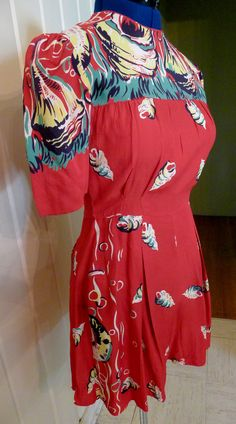 PEARL HARBOR--Fabulous Border Print 1940s Rayon Playsuit Romper Sunsuit in Red with Shell Print--S,M.