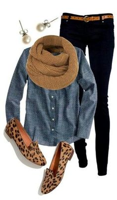Love the chambray shirt and black skinny jeans with leopard slip-on sneakers. Cute casual winter outfits with scarf. Casual Winter Outfits, Cute Fall Outfits, Casual Fall, Casual Chic, Dress Casual, Winter Dresses, Casual Shoes, Casual Clothes, Stylish Outfits
