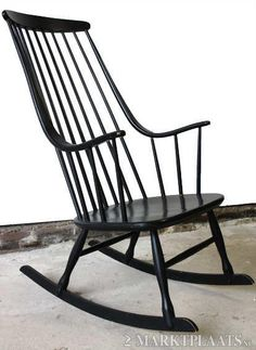 119 80 chez maisons du monde rocking chair rotin noir. Black Bedroom Furniture Sets. Home Design Ideas