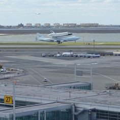 The space shuttle #Enterprise landing at #JFK atop a 747 via @virginamerica