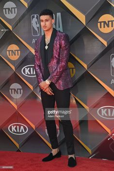 Nba Players, Basketball Players, Small Forward, Kyle Kuzma, Nba Fashion, Fine Fine, Beautiful Guys, Male Style, Los Angeles Lakers