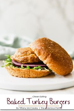 Clean Eating Baked Turkey Burgers Recipe - #healthyturkeyburgers - Clean Eating Baked Turkey Burgers Recipe...