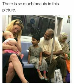 Viral NYC subway photo shows America at its best Sweet Stories, Cute Stories, Web Foto, What Makes America Great, Photographie Portrait Inspiration, Human Kindness, Touching Stories, Nyc Subway, Faith In Humanity Restored