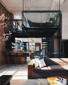 n industrial loft design was meant for an artist and it combines the best of both worlds. A living area and a workshop. This industrial interior loft is a wonde Modern Interior, Home Interior Design, Interior Architecture, Room Interior, Apartment Interior, Apartment Goals, Luxury Interior, Interior Ideas, Apartment Design
