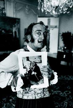 genio y figura fotos salvador dali | Salvador Dalí, imagen de Václav Chochola, 1969
