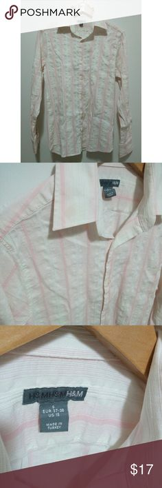 H&M pink and white striped men's shirt H&M men's button down long sleeves. Pink and white vertical lines. Wrinkly material. Size small. Eur 37-38, US 15. Seersucker print (?)  Used good condition.  #mens #mensshirt #mensshirtsmall #menspink #dressshirt H&M Shirts Casual Button Down Shirts