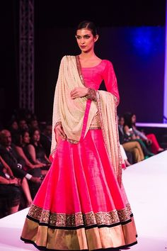 Two Manish Malhotra Fashion Shows : Photos & Official Note
