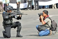 crazy-dedicated-photographers-extreme-photography-09