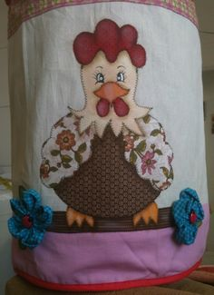Chicken Quilt, Chicken Kitchen, Chicken Crafts, Galo, Coq, Applique Quilts, Kitchen Towels, Wool Felt, Knit Crochet