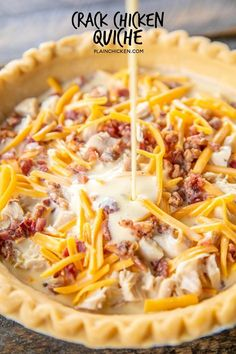 Crack Chicken Quiche - so quick and easy. Everyone LOVED this recipe! Can make ahead and freeze for later. Keto if you make your own pie crust! Quiche Recipes, Brunch Recipes, Quiches, Chicken Quiche, Chicken Cassarole, Tasty, Yummy Food, Breakfast Dishes, Breakfast Quiche