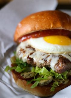 Bloody Mary Burger: I try not to say things like this too often. But this might be one of the best burgers I have ever had. Go out and getcherself one. #recipe #burger