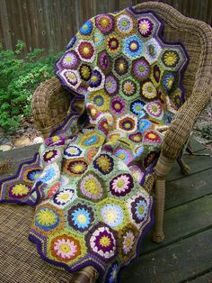 Garden Hexagon Afghan. (Attic 24 Hexagon how to. Free, join as you go crochet pattern.) Notes on this particular project.