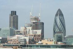 Londra, districtul financiar. pentru locuri de munca in Anglia in finante / banci va recomandam www.jobsalert.ro