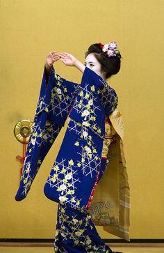 Kyomai, Sakiko & Mamefusa #13 by Onihide, via Flickr