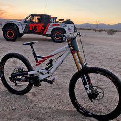"99 Me gusta, 1 comentarios - dhpasion® (@dhpasion) en Instagram: ""Bici o coche -------------------------------------- ADMINISTRADORES @_.riloovaa._…"""