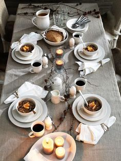 top 10 table settings for a fall brunch   domino.com