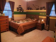 john deere bedroom  | John Deere bedroom - tractors - little boy bedrooms | Kid's Korner
