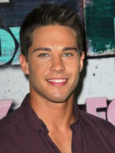 Dean Geyer,thank u glee caster for choosing a guy that is my exact type to play the new hunk