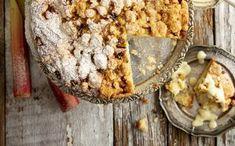 Makoisa omenapiirakka hakee vertaistaan - juju on rapsakassa kaurassa Feta, Bread, Vegetables, Desserts, Tailgate Desserts, Deserts, Vegetable Recipes, Veggie Food, Postres