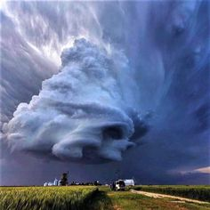 Unbelievably best shot of storm . supercell near Leoti, Kansas by Earth Wonders Beautiful Sky, Beautiful Landscapes, Beautiful World, Nature Pictures, Cool Pictures, Dame Nature, Wild Weather, Sky And Clouds, Storm Clouds