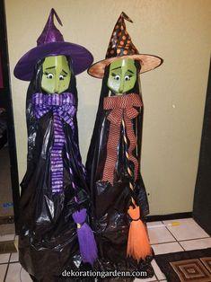 Halloween Witch Decorations, Halloween Lanterns, Halloween Crafts For Kids, Outdoor Halloween, Diy Halloween Decorations, Cute Halloween, Holidays Halloween, Halloween Themes, Ghost Decoration