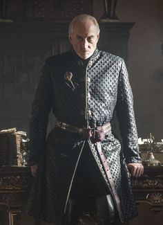 Game of Thrones Season 3 Photos / Charles Dance as Tywin Lannister – Photo Helen Sloan/HBO Game Of Thrones Saison, Game Of Thrones Series, Got Game Of Thrones, Les Borgias, Acteurs Game Of Throne, Movies Costumes, Theatre Costumes, Costumes Game Of Thrones, Serie Got