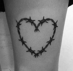 25 Tatuagens de Coração para se Inspirar #tattoo #tatuagem #tattoos #tatuagens #tatuagemdecoracao #tatuagemfeminina #tatuagemdelicada #tatuagensdelicadas #tattoodelicada 25-tatuagens-de-coracao-para-se-inspirar-pamela-auto-blog-entretenimento-recife-blog-let-me-be-weird-blogueira-de-recife-14