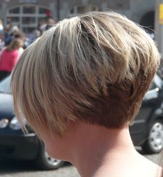 Short Wedge Hairstyles Back View Stacked Short Stacked Wedge Haircut, Short Wedge Hairstyles, Inverted Bob Hairstyles, Bob Hairstyles For Fine Hair, Short Bob Haircuts, Stacked Hairstyles, Short Stacked Haircuts, Short Bobs, Short Pixie
