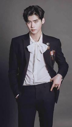Lee Jong Suk Cute, Lee Jung Suk, Lee Joon, Asian Actors, Korean Actors, Up10tion Wooshin, Lee Jong Suk Wallpaper, Jong Hyuk, Han Hyo Joo
