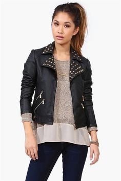 I love the leather jacket, I need one, love how it adds an edgy look