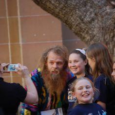 Revisando las fotos de #Australia me he encontrado a este personaje. Lo reconoces?. #viajar #sorpresa #hombremasfelizdelmundo